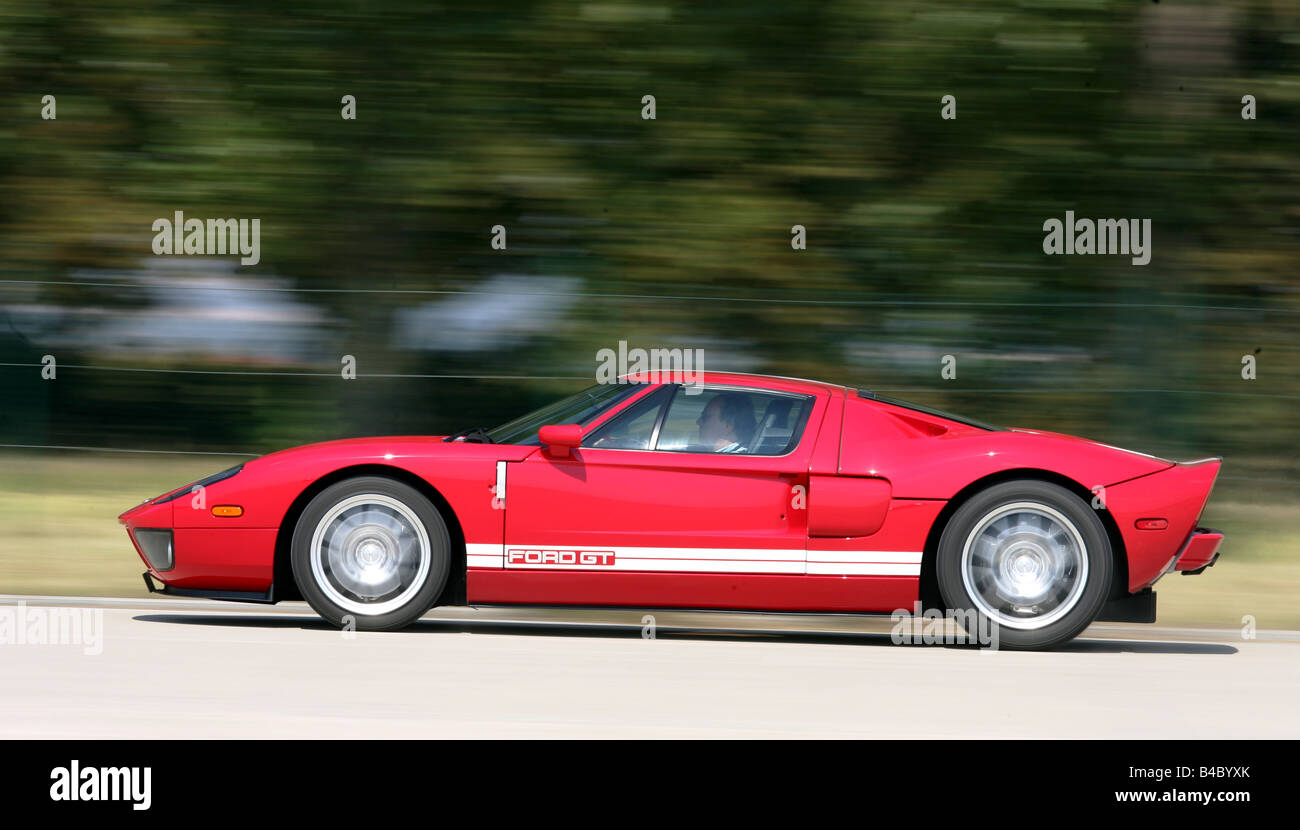 Car Ford Gt Model Year  Red White Roadster