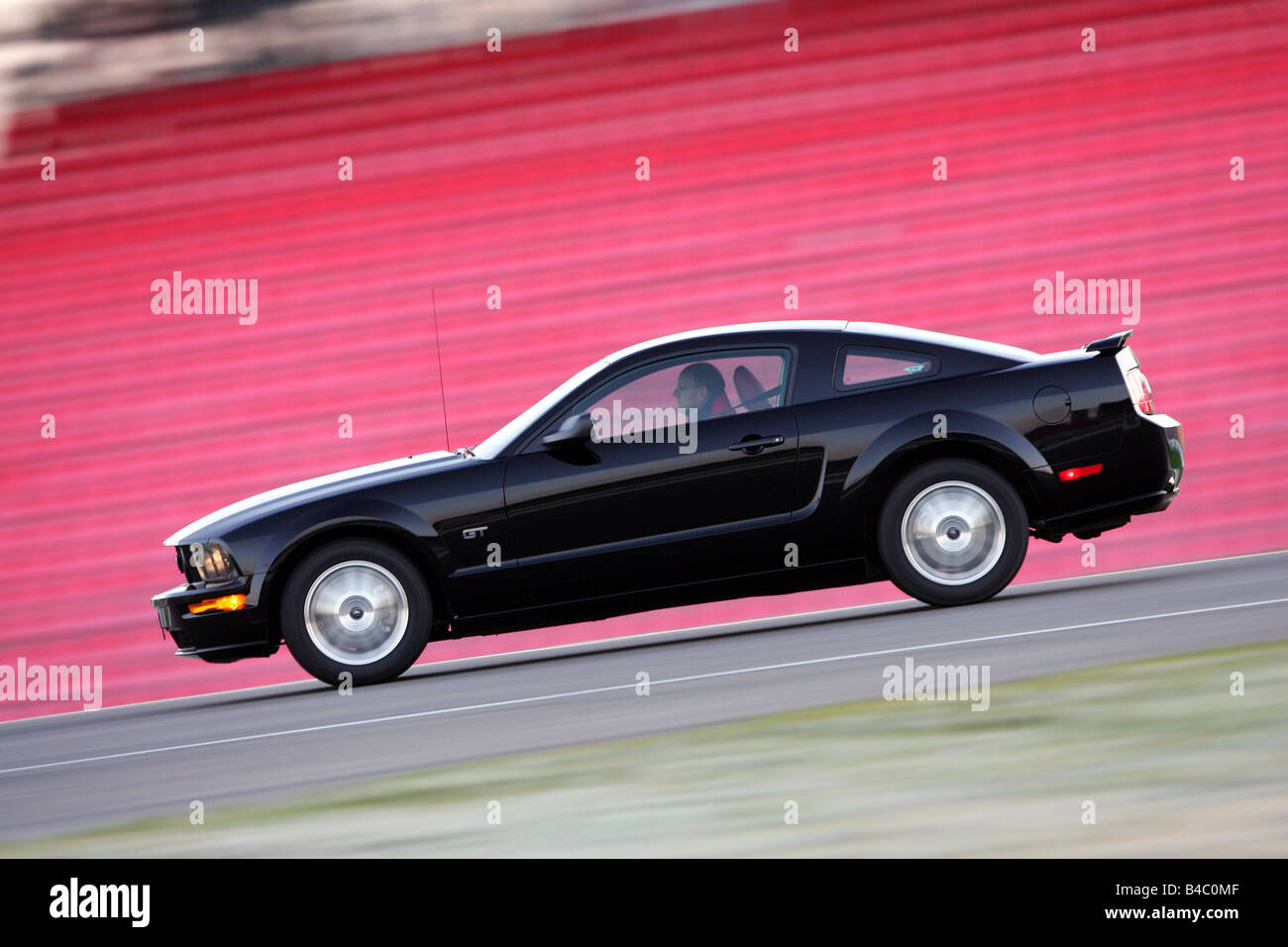 car ford mustang gt model stock photos car ford mustang gt model stock images alamy. Black Bedroom Furniture Sets. Home Design Ideas