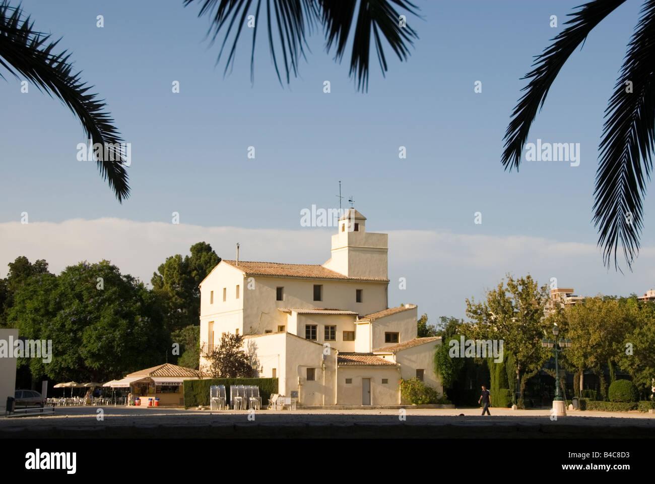 Central square of Jardin del Real Viveros in Valencia Spain - Stock Image
