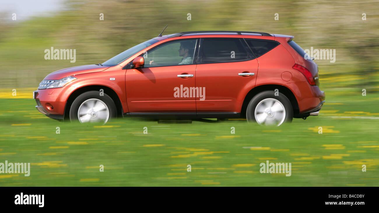 Car, Nissan Murano 3.5 V6, model year 2005-, orange /rust-red, cross ...