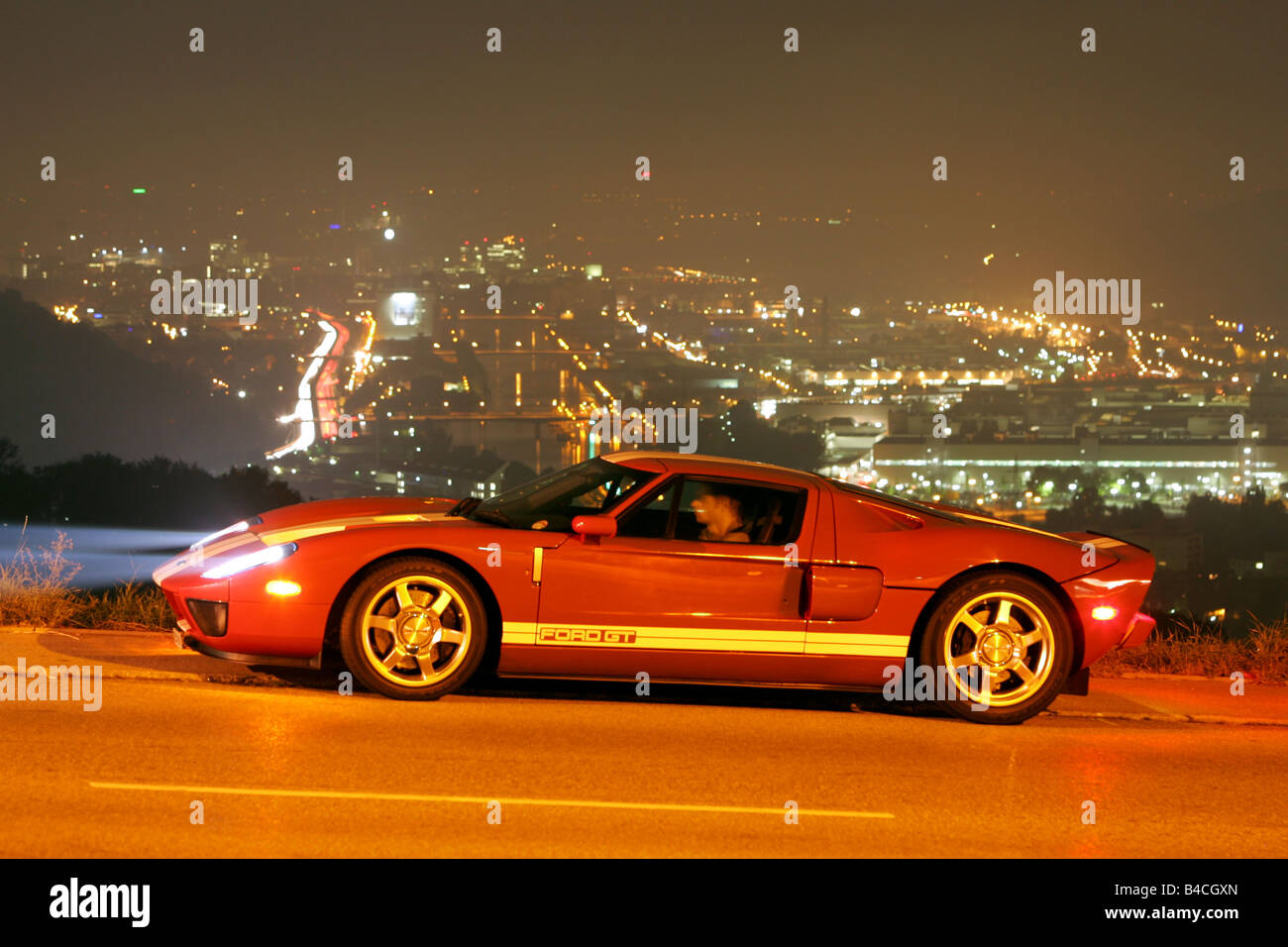 Ford Gt Model Year  White Red Standing Upholding