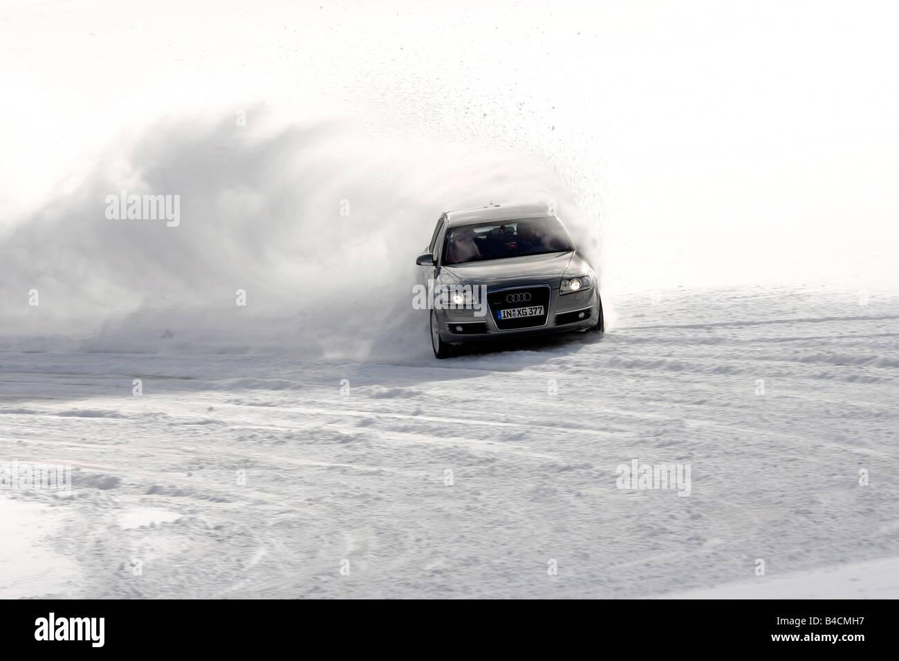 Audi A6 Avant 32 Fsi Quattro Model Year 2005 Silver Driving