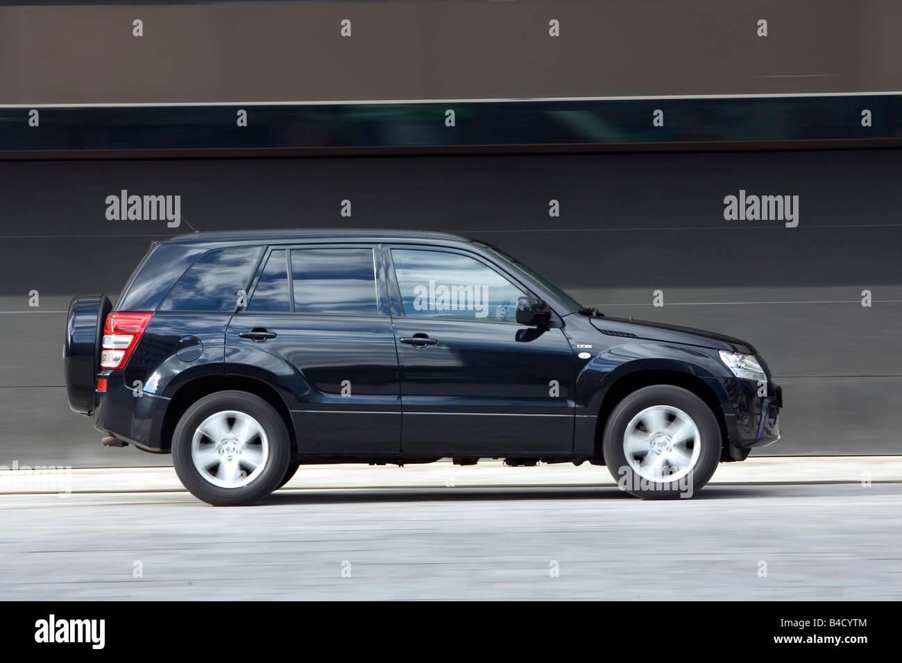 Suzuki Grand Vitara Black