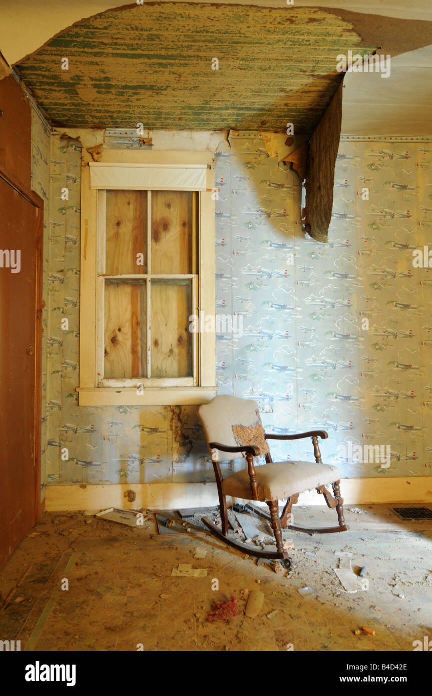 Old Wallpaper From The 1940s Stock Photo 19957574 Alamy