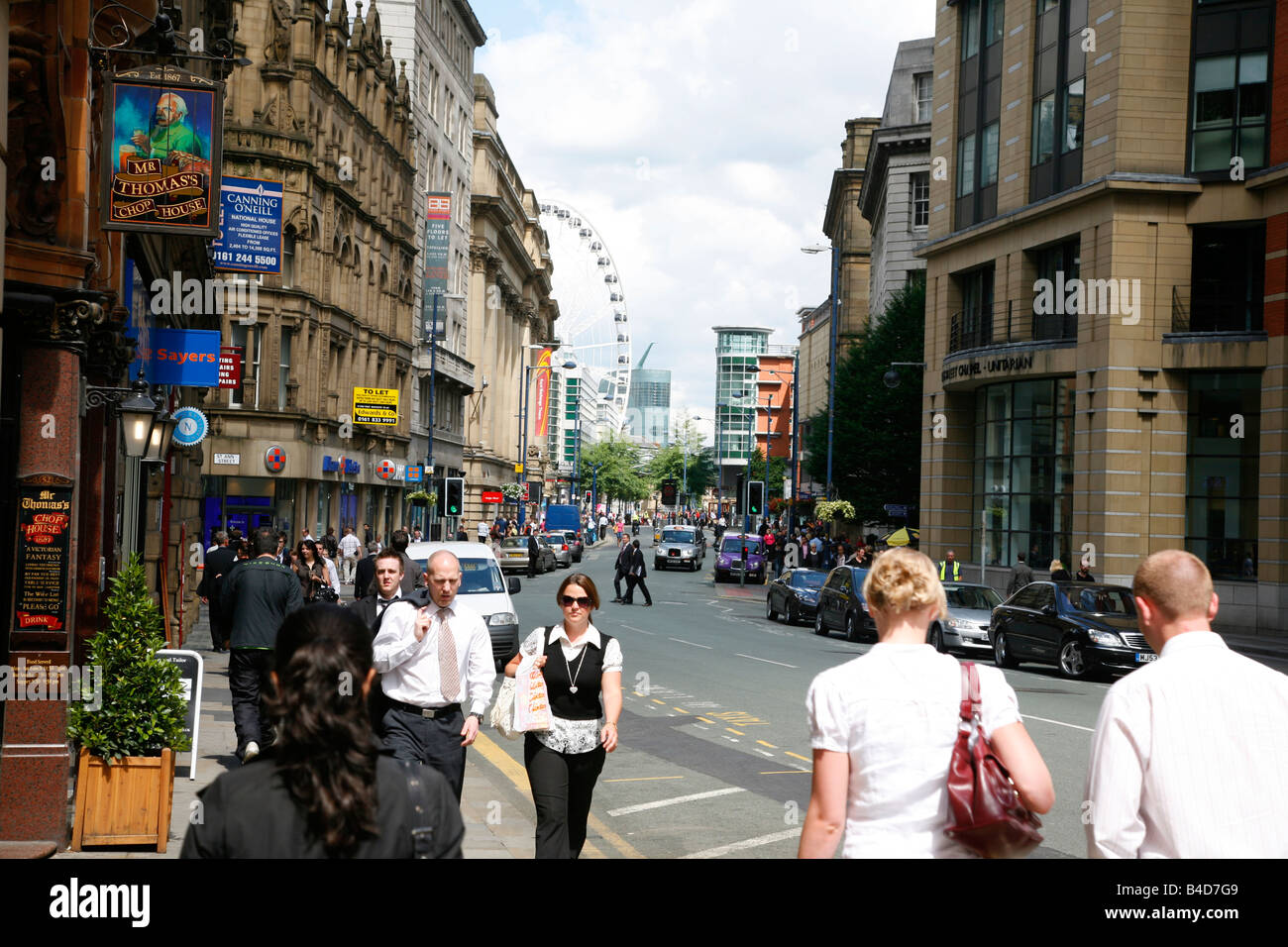 Aug 2008 - People on Cross street in the city center Manchester England UK - Stock Image