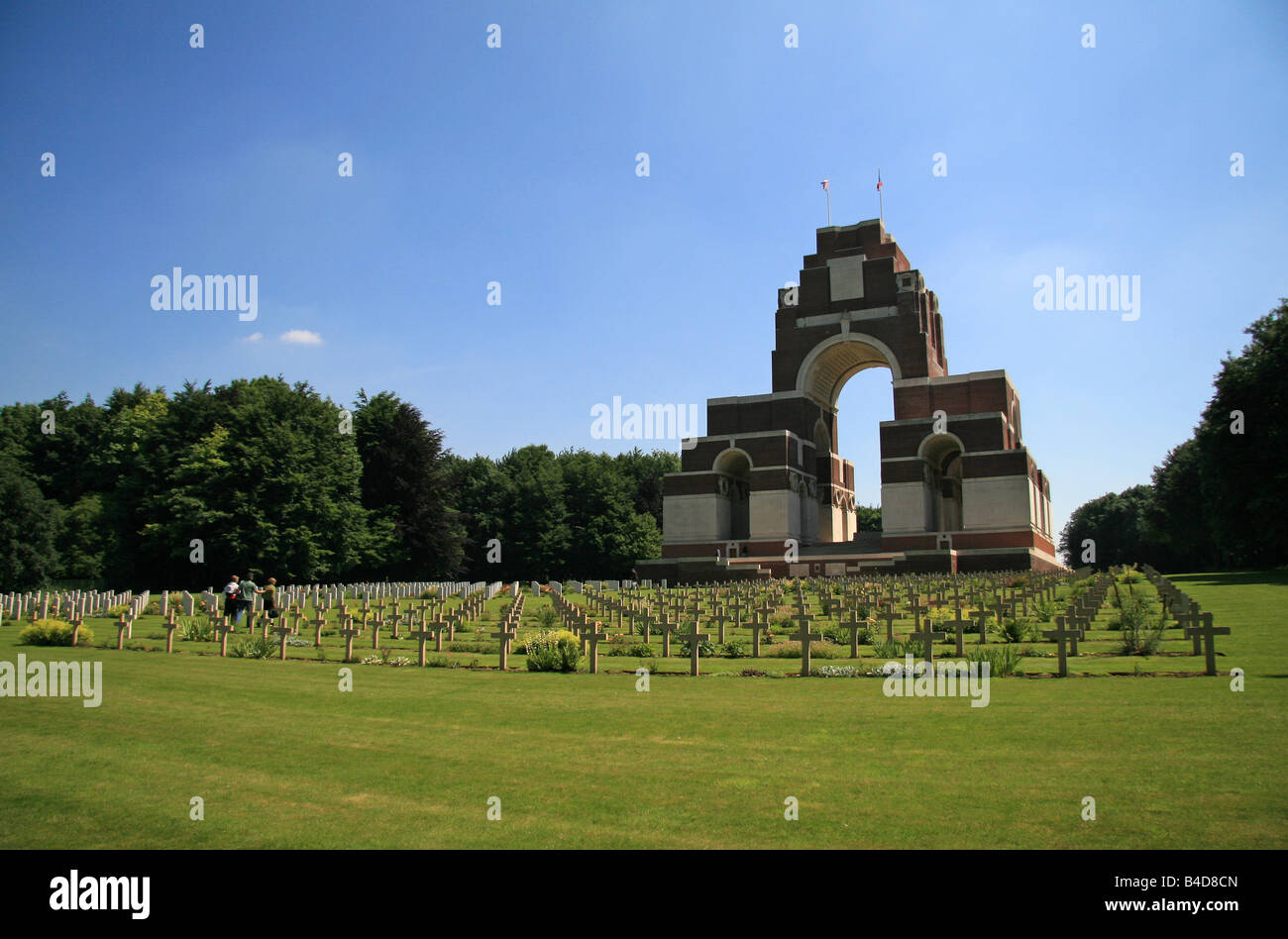 The Thiepval Memorial designed by Sir Edwin Lutyens and the Anglo-French cemetery, viewed looking east, the Somme, Stock Photo