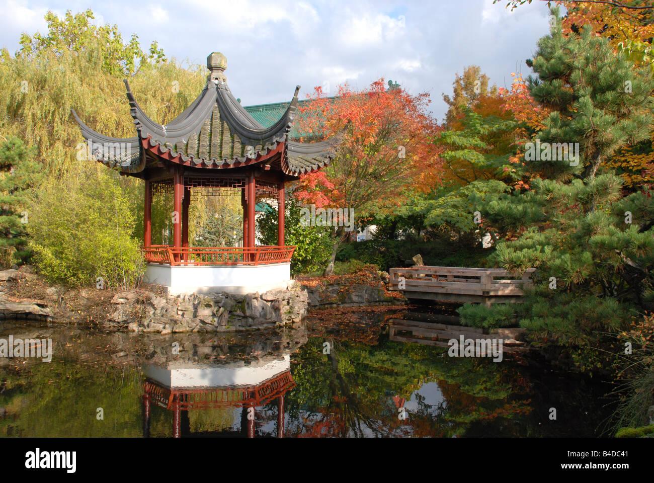 Dr Sun Yat Sen Classical Gardens Stock Photos & Dr Sun Yat Sen ...