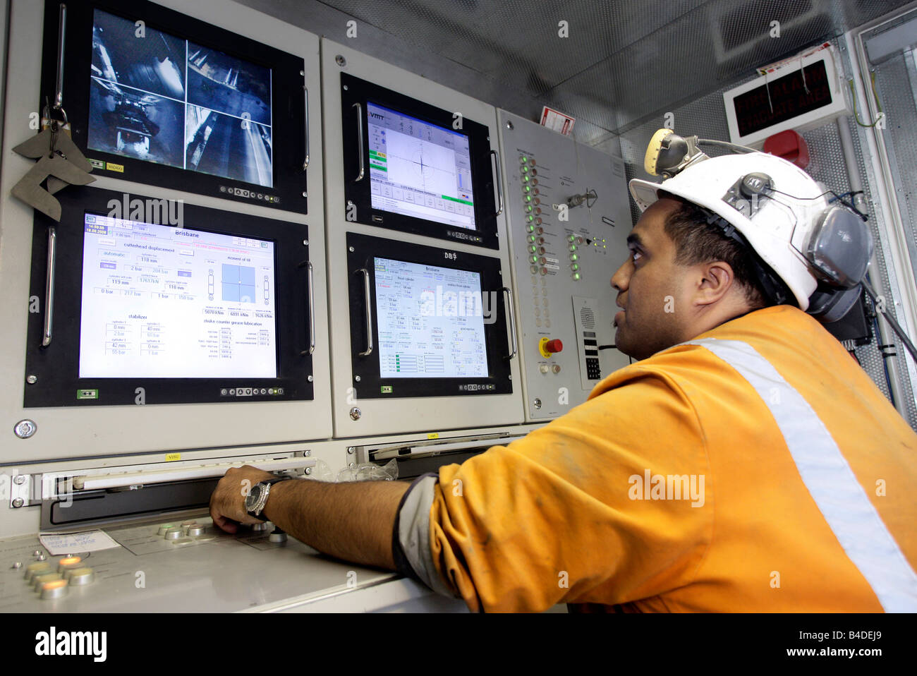 Australia, Brisbane: Operator of the Boring Machine, building of the North South Bypass Tunnel / Clem Jones Tunnel - Stock Image