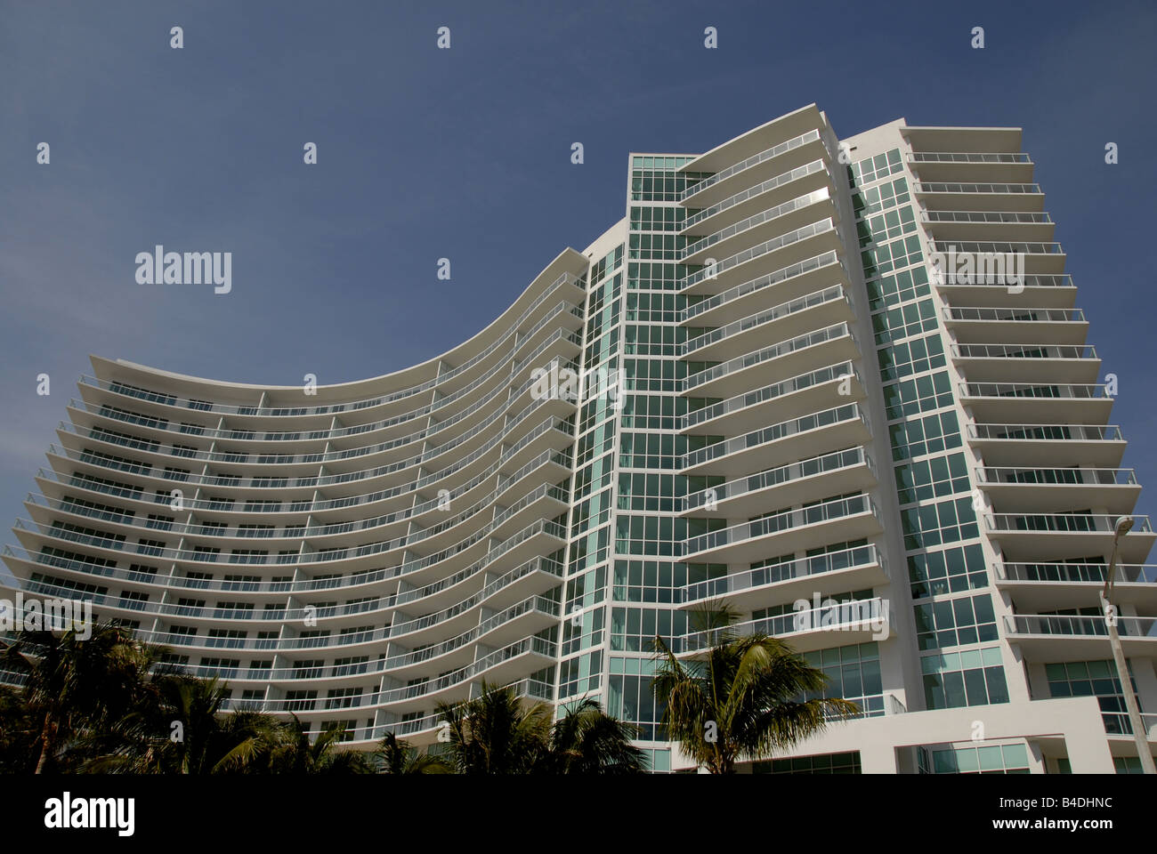 Luxury condominium building in Pompano Beach Florida, USA. - Stock Image