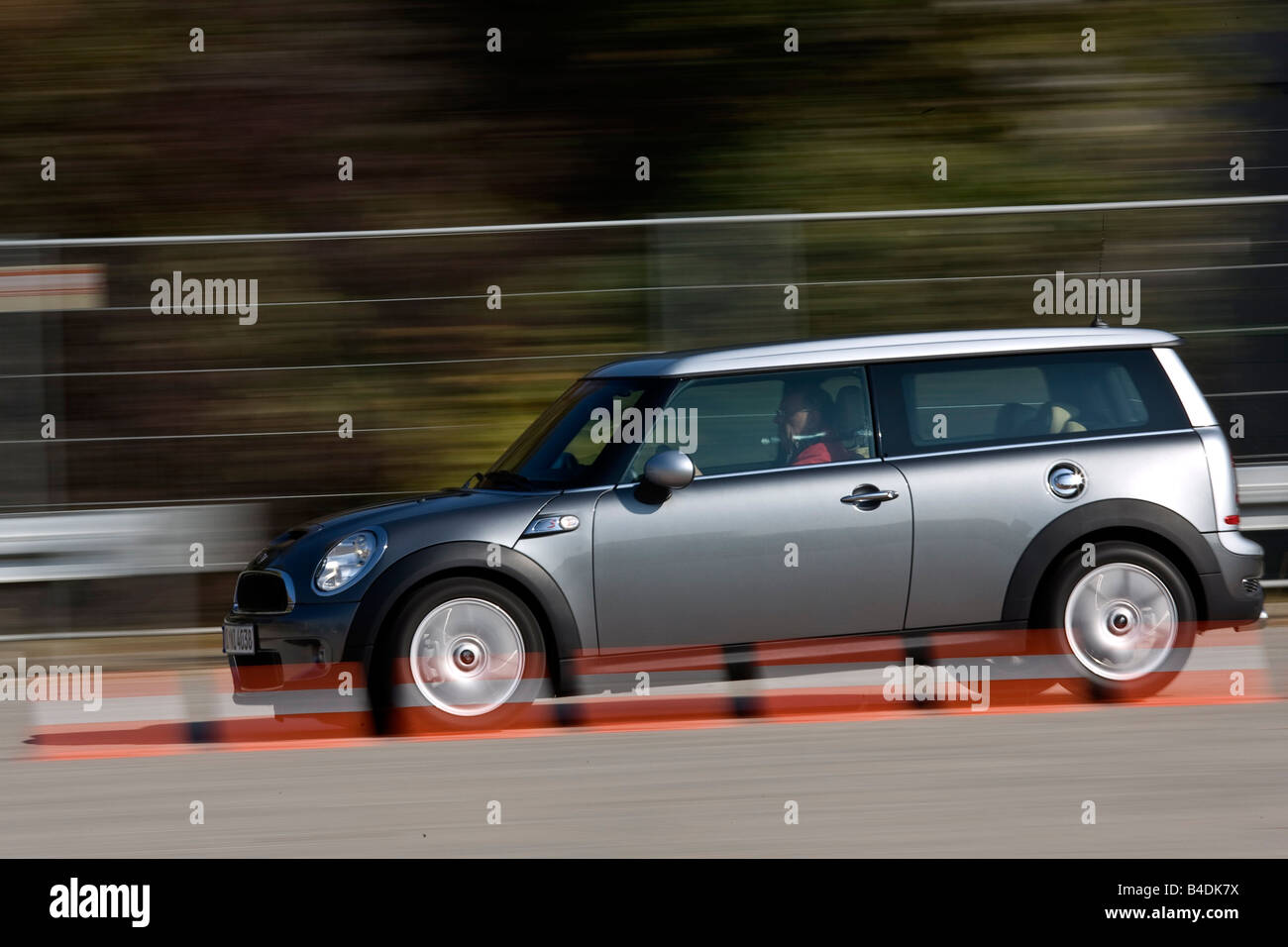 Mini Cooper S Clubman Model Year 2007 Anthracite Driving Side