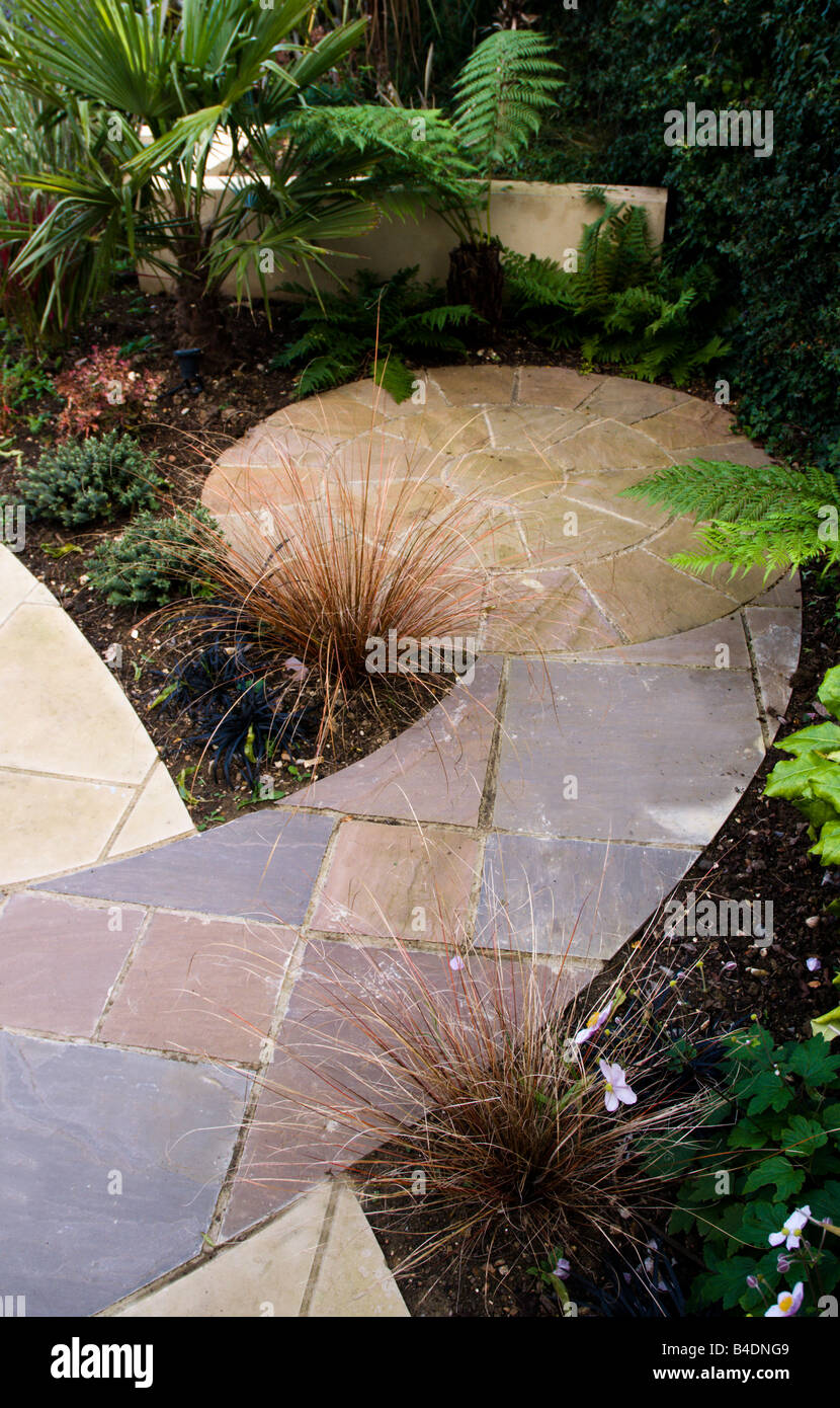 Creative Paving In Modern English Garden Stock Photo 19971289