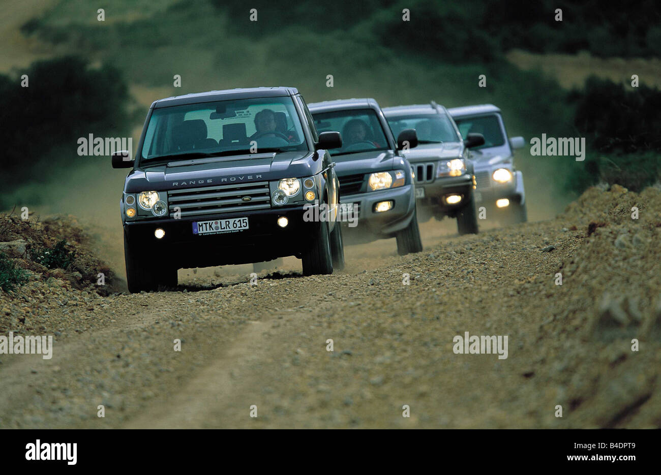Car  Cross Country Vehicle  Group Picture  Land Rover