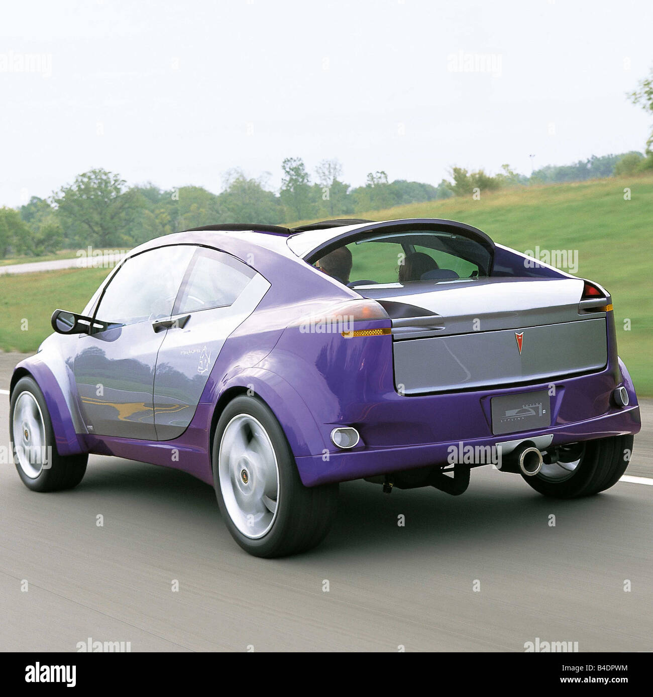 Car, Concept Cars General engines, Pontiac, model year 2000, mauve, diagonal from the back, driving, ams 13/2000, - Stock Image
