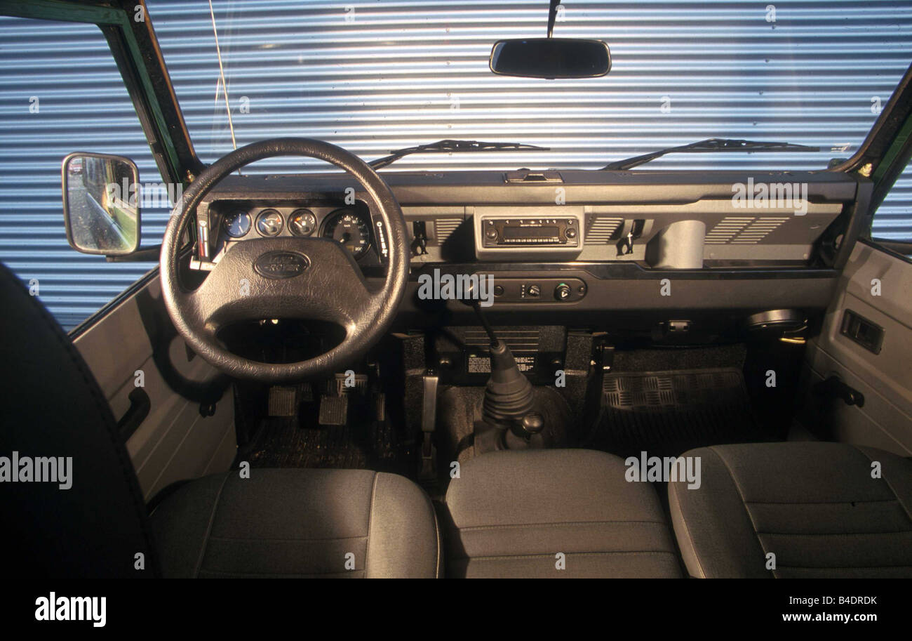 Car, Land Rover Defender 90 TD 5, Cross Country Vehicle, Model Year 1998 ,  Green, Interior View, Interior View, Cockpit, Techniq