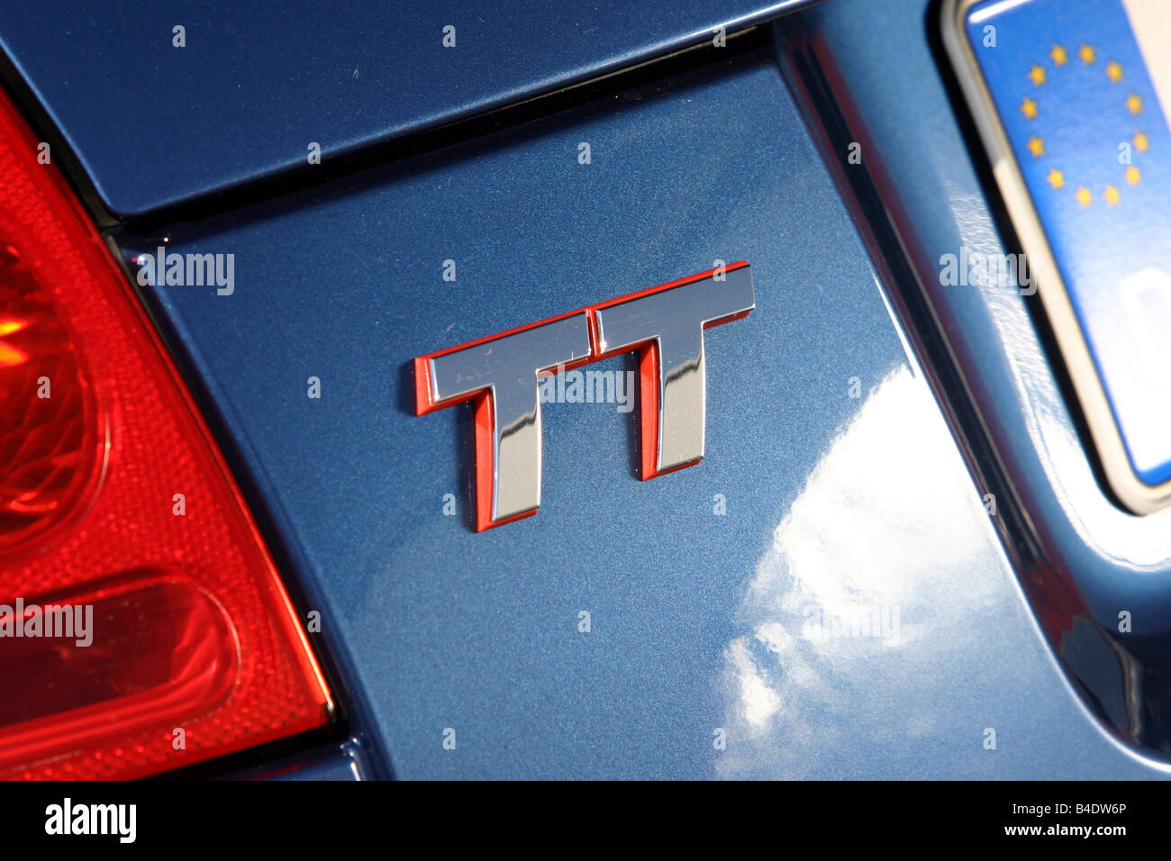 Car, Audi TT 3.2, coupe, roadster, model year 2003-, blue, Detailed view, Model designation Stock Photo