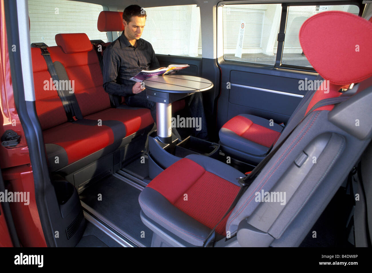 car vw volkswagen multivan t5 2 5 tdi van model year. Black Bedroom Furniture Sets. Home Design Ideas