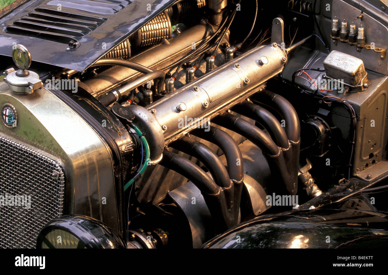 Engine Compartment Alfa Romeo High Resolution Stock Photography And Images Alamy