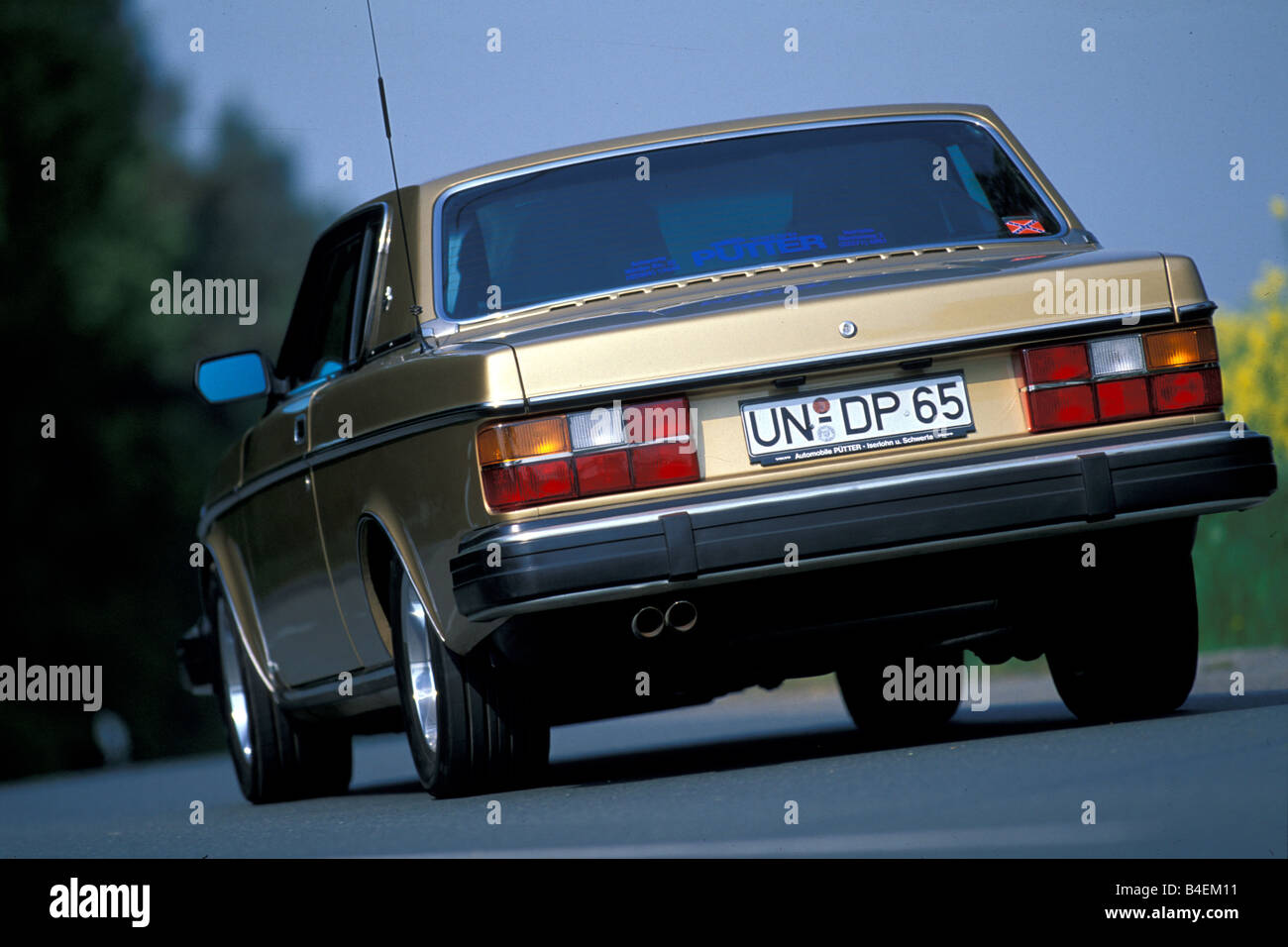 Car Volvo 262 Coupe Coupe Gold Model Year 1977 1981 This Car