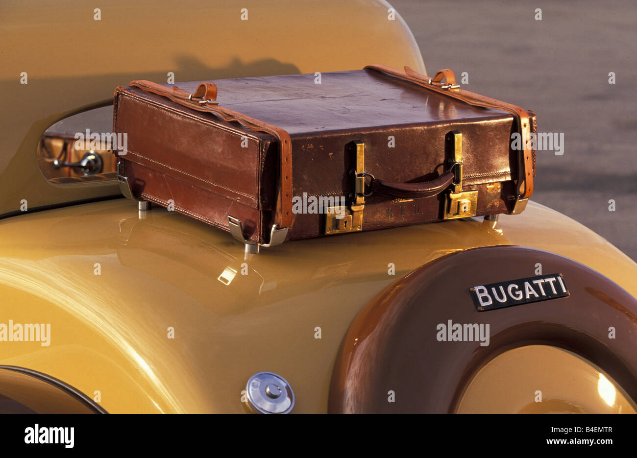 Car, Bugatti 57 Ventoux, vintage car, 1930s, thirties, approx. model year 1938,  detail, details, Kofferhalter, - Stock Image
