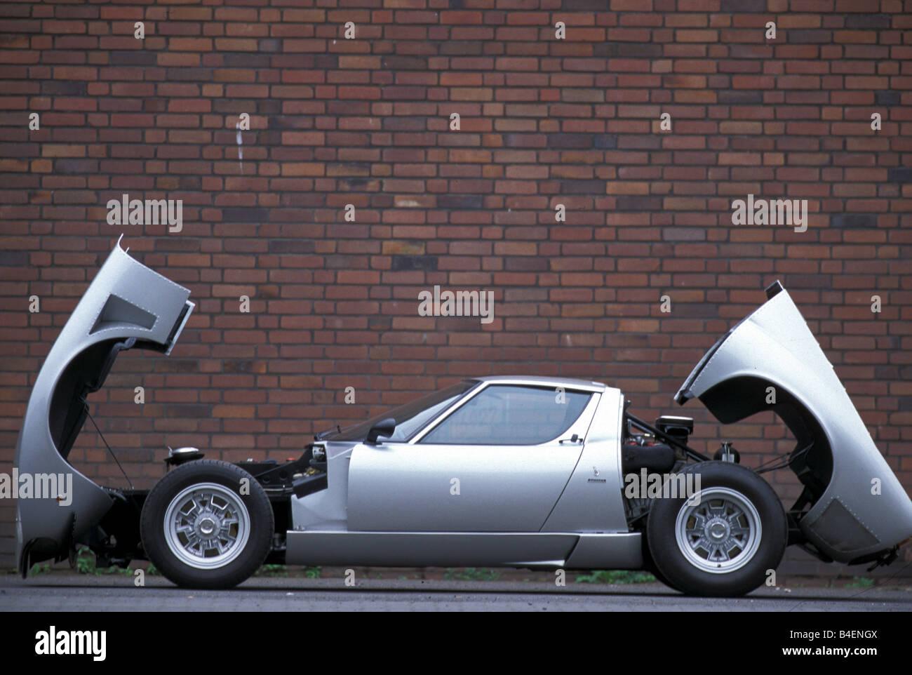 Lamborghini Miura Sv Jota Stock Photos Lamborghini Miura Sv Jota