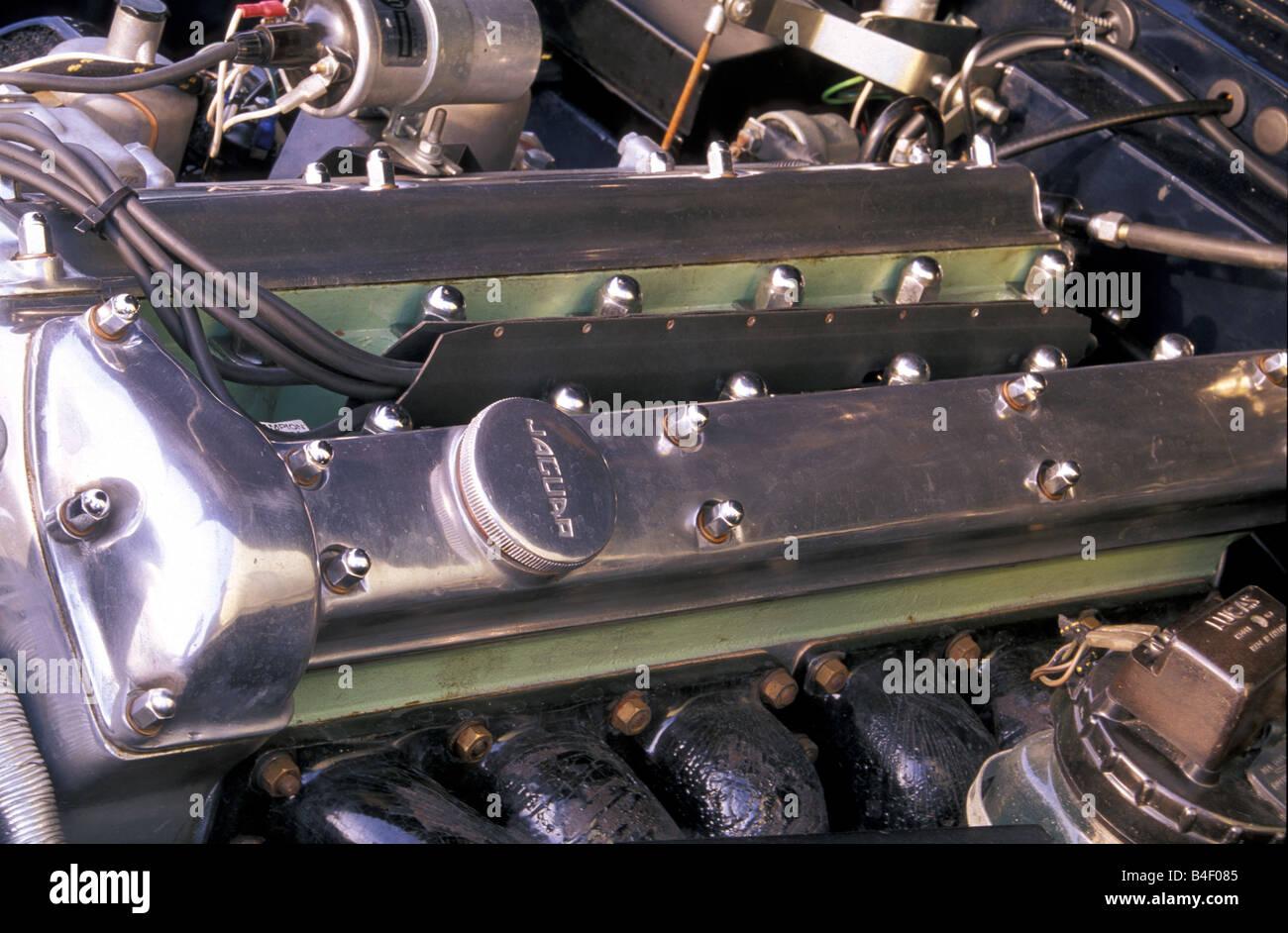 Car, Jaguar XK 150, vintage car, black, 1950s, fifties, convertible,  detail, details, engine compartment, engine - Stock Image