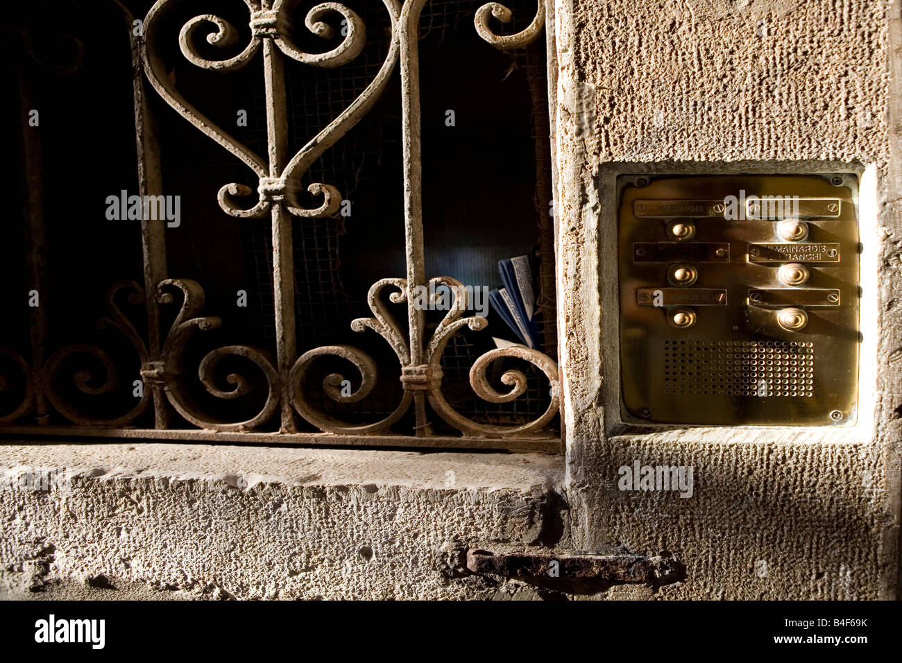 Door bell and intercom to an appartment block Venice Italy - Stock Image