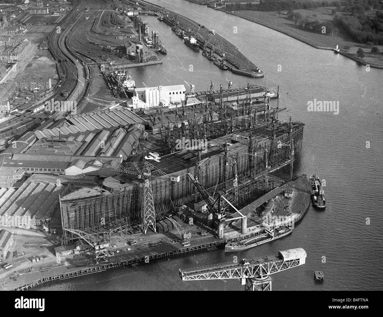 Queen Mary Ship Being Built At John Brown Shipyard In