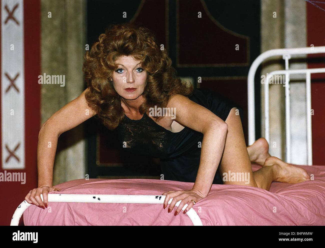 Rula Lenska (born 1947) naked (48 foto and video), Topless, Sideboobs, Selfie, panties 2017