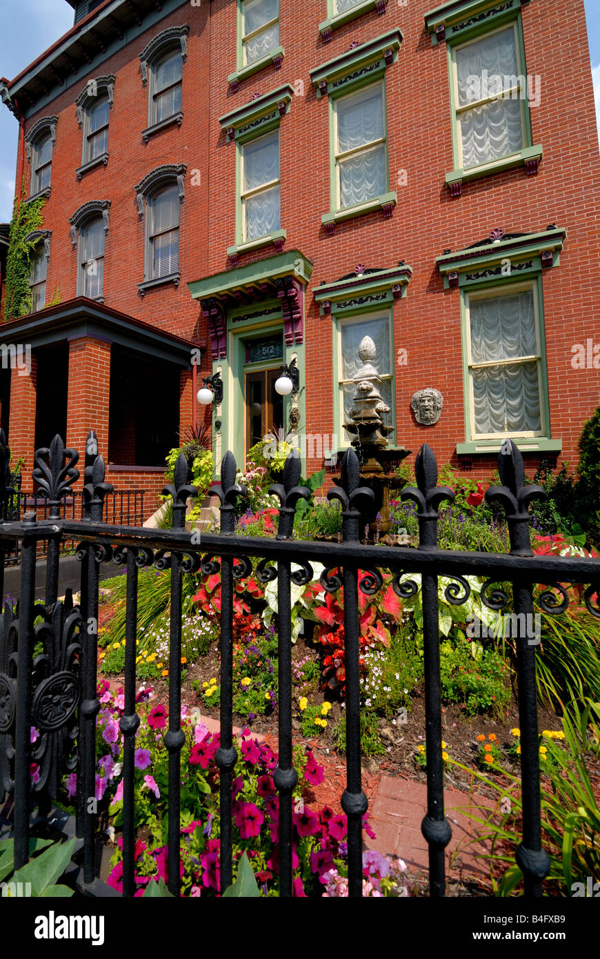 This historic Victorian home can be seen in Pittsburgh Pennsylvania's Mexican War Streets neighborhood. - Stock Image