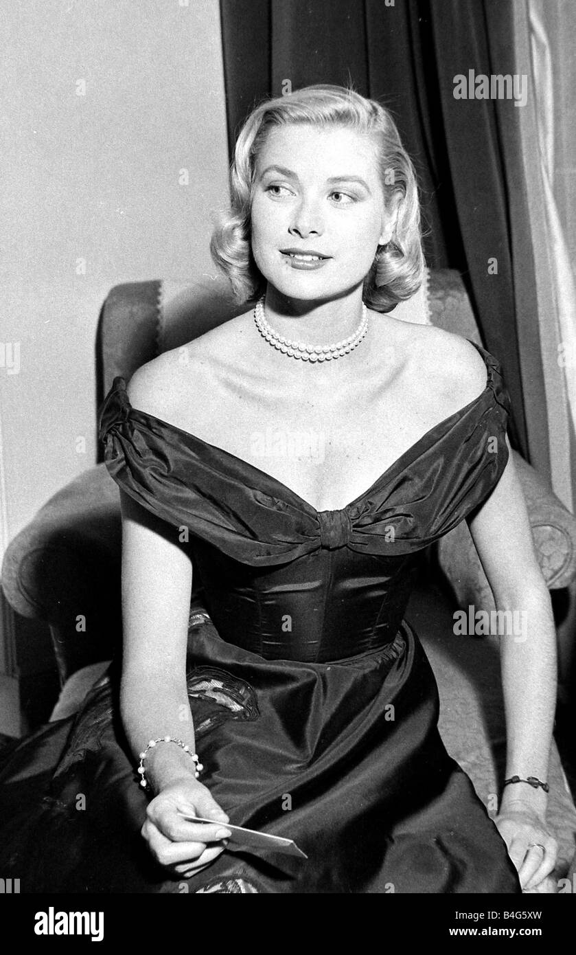 Hollywood actress Grace Kelly during her interview with Daily Mirror reporter Donald Zec at the 1955 Cannes Film - Stock Image