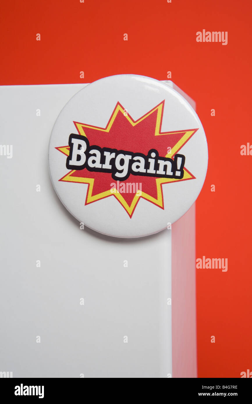 A blank box with a bargain badge - Stock Image