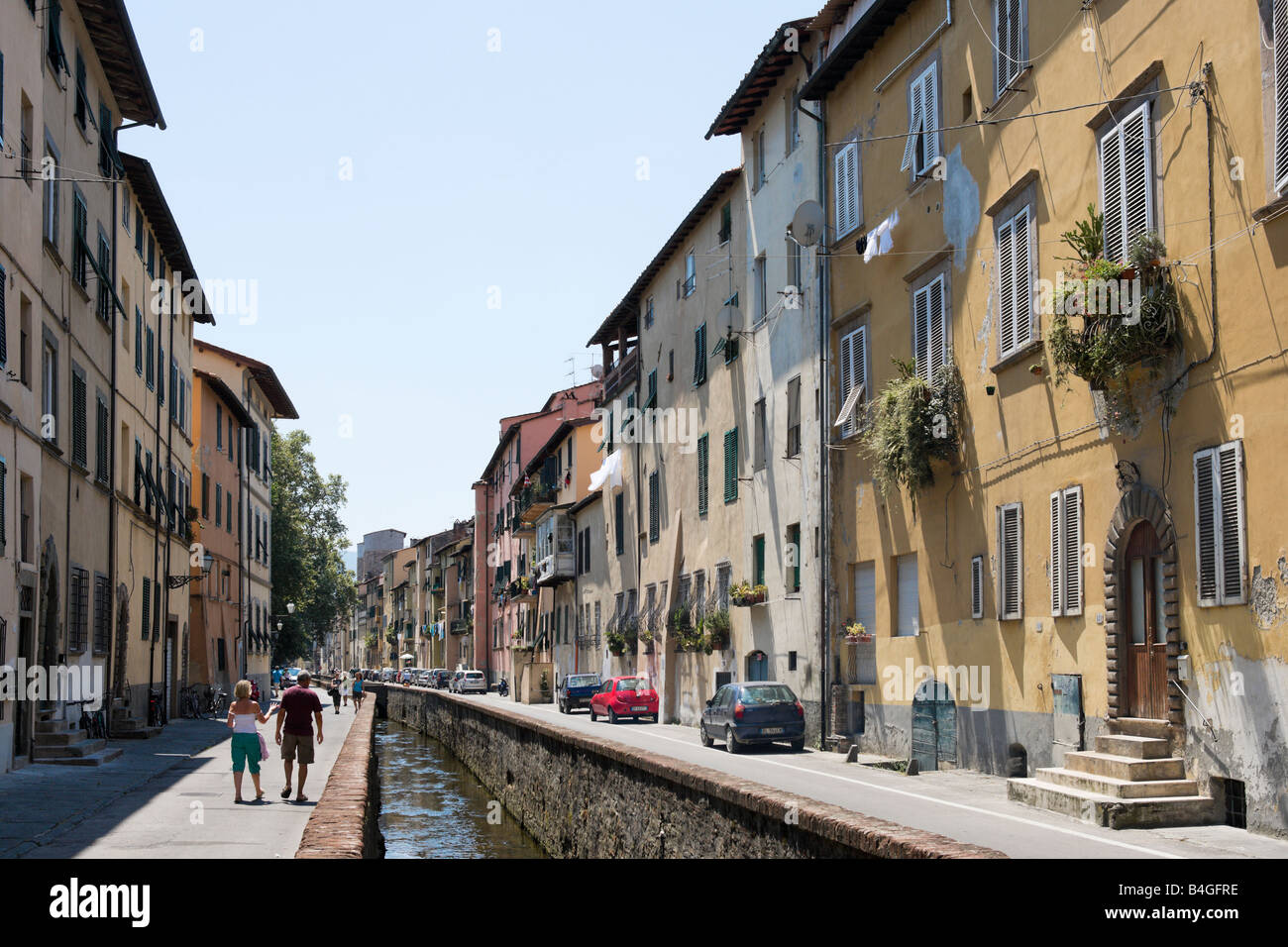 Via del Fosso in the old city, Lucca, Tuscany, Italy - Stock Image