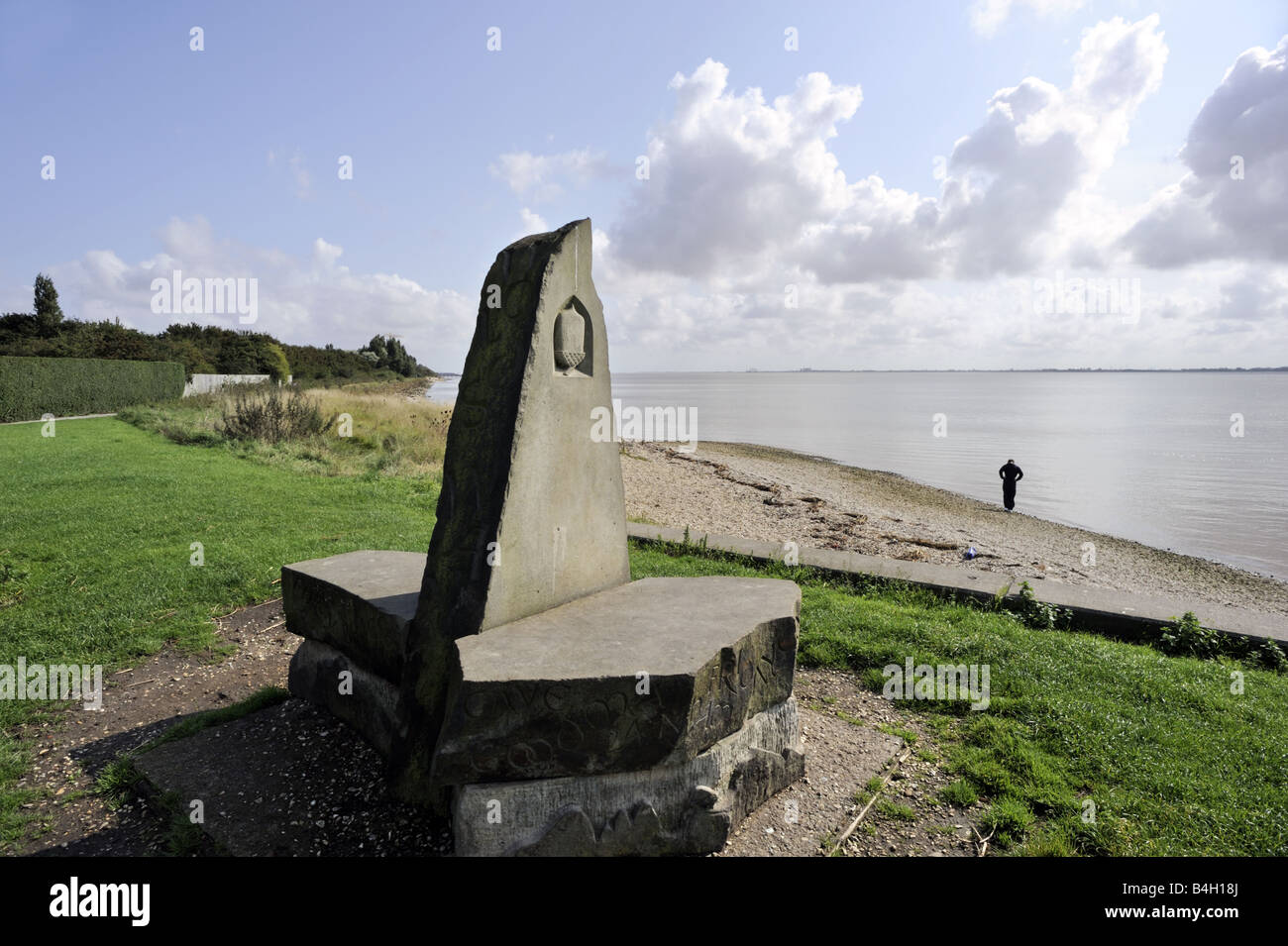 Marker stone at the beginning of the Yorkshire Wolds Way, near the Humber Bridge, Hessle, Hull, Yorkshire - Stock Image