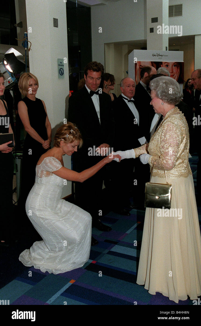 Natasha Richardson Actress November 98 Meeting The Queen At The Stock Photo Alamy