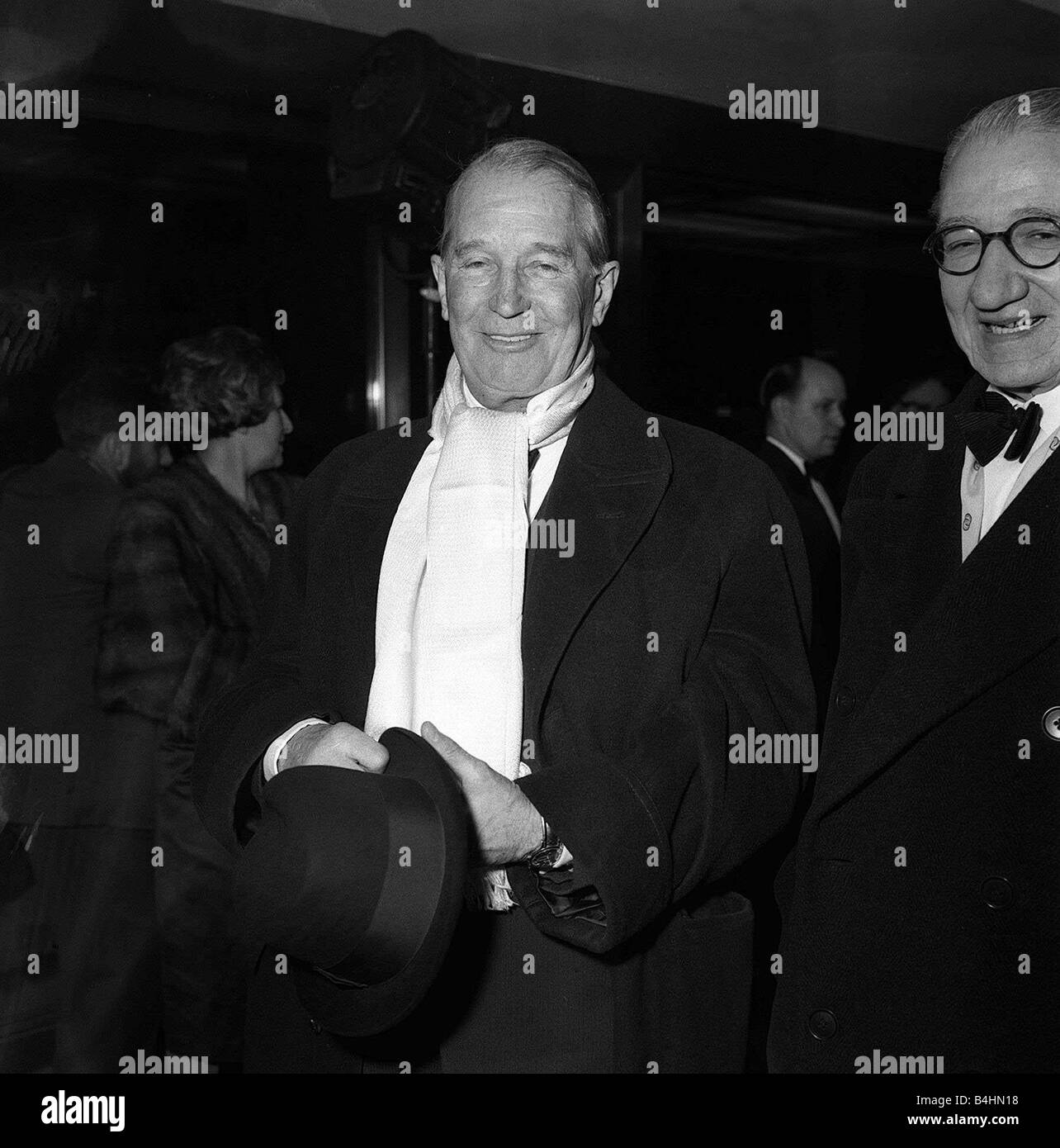 Maurice Chevalier Actor Feb 1959 arrives at premiere of the new musical film GiGi at the new Columbia Cinema Shaftesbury - Stock Image
