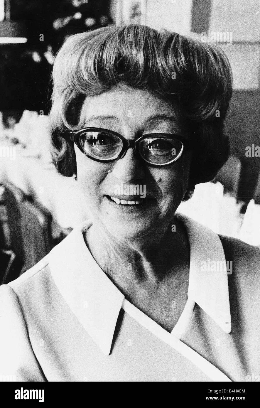Thora Hird naked (49 foto and video), Ass, Cleavage, Boobs, cleavage 2019