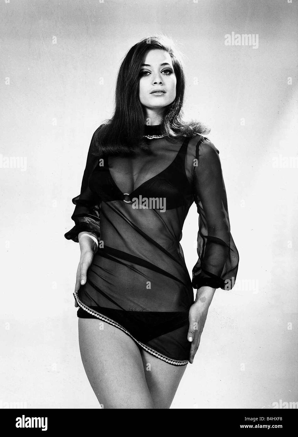 Valerie Leon naked (23 photo), Sexy, Cleavage, Twitter, swimsuit 2017
