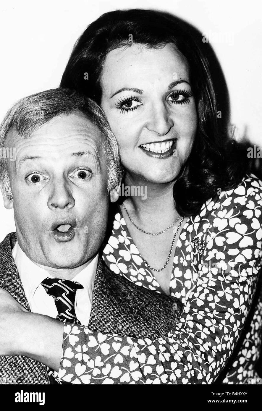 Penelope Keith with John Inman February 1977 dbase msi - Stock Image