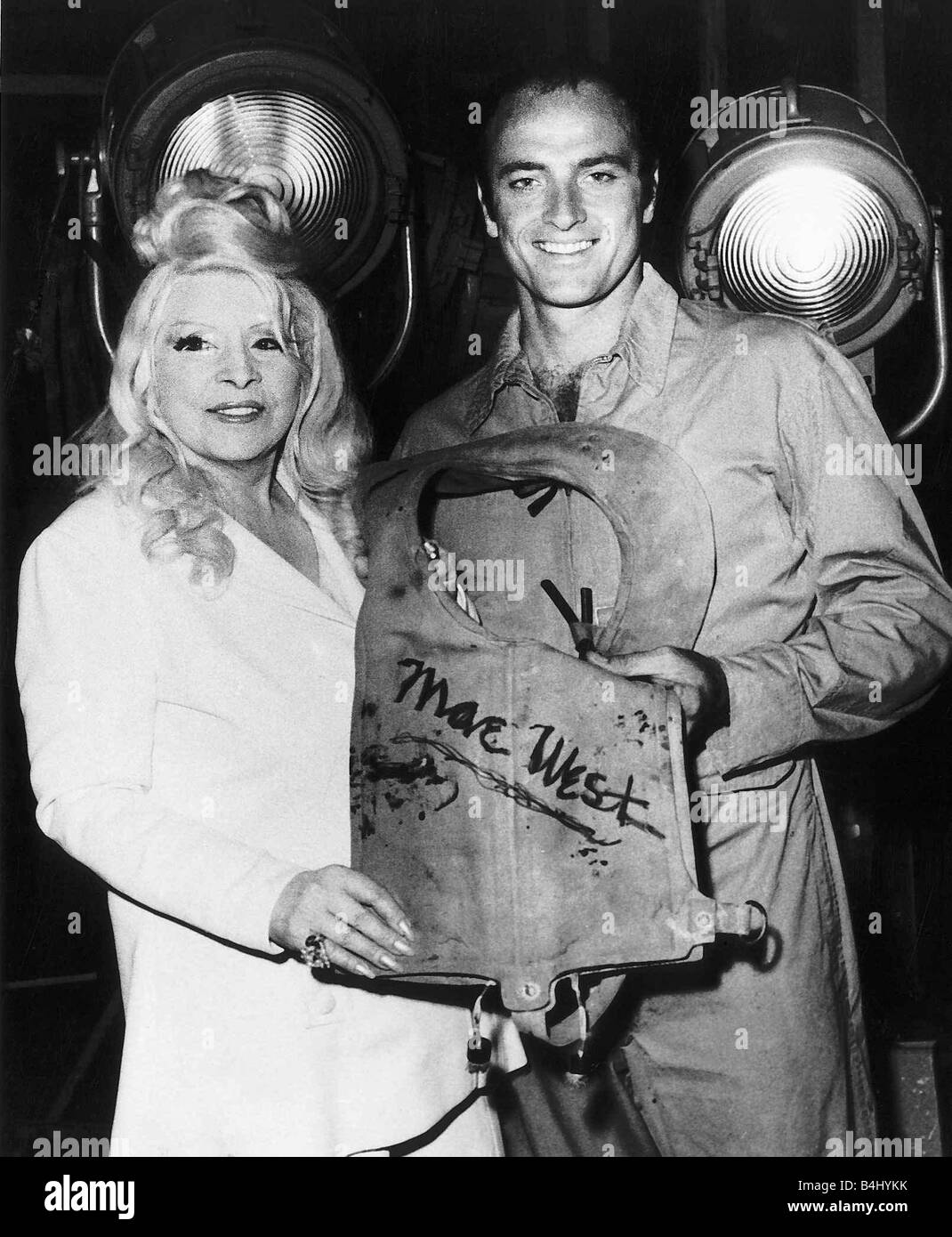 Mae West Film Actress with Kevin Dobson April 1976 Dbase MSI - Stock Image