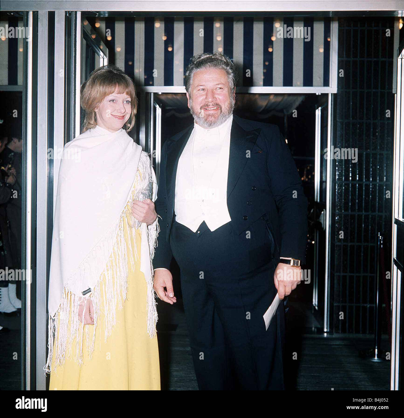 Actor and raconteur Peter Ustinov at the Premiere of Mary Queen Of Scots with his daughter Tamara March 1972 dbase - Stock Image