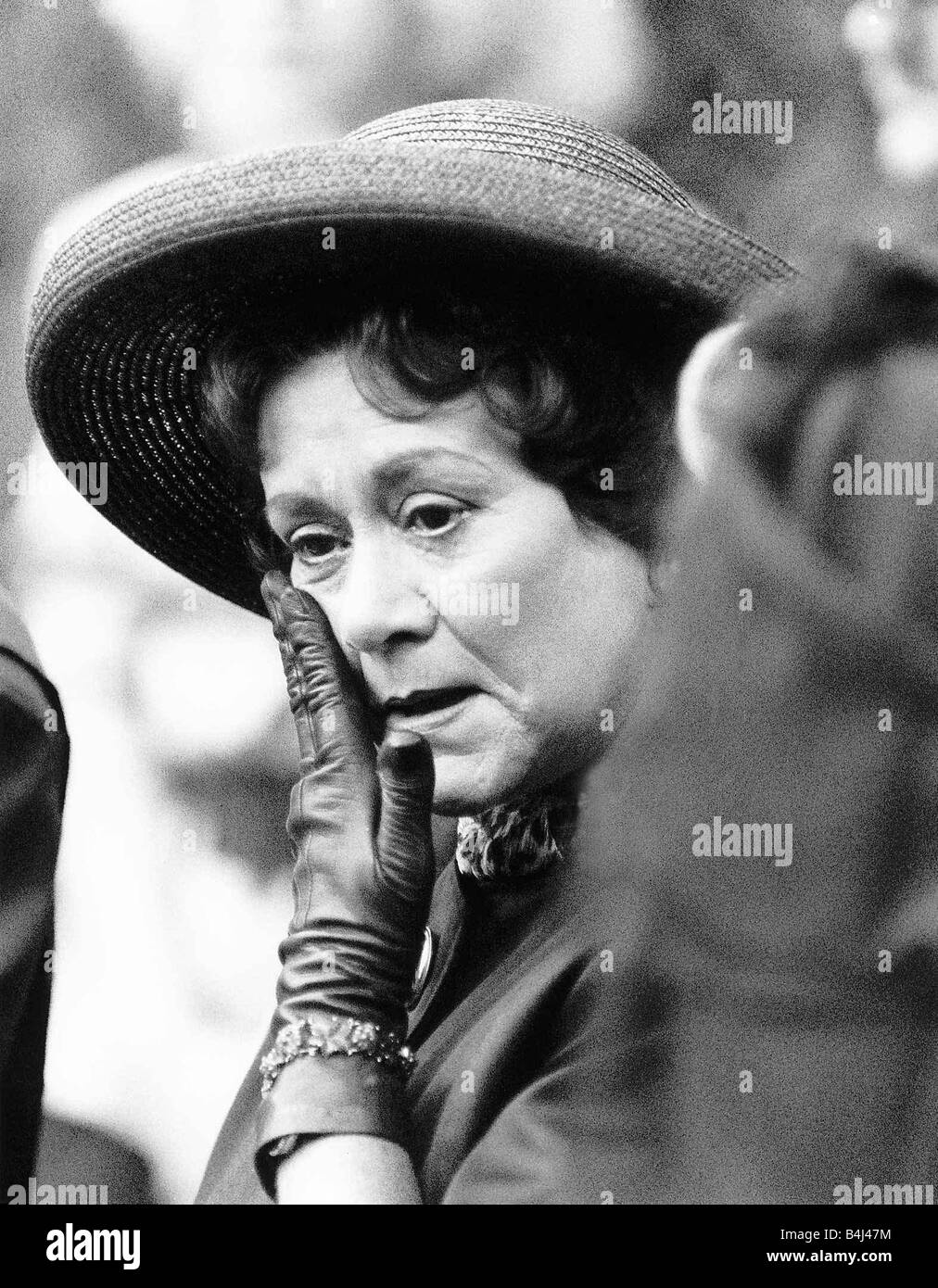 Margaret Sullavan,Mackenzie Aladjem Porn video Lilia Dizon (b. 1928),Kinaryosih