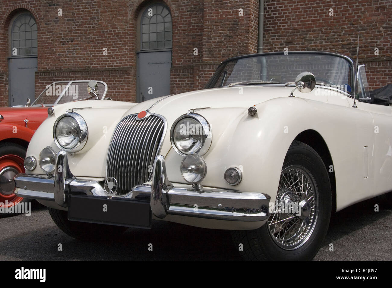 Page 2 Fifties Jaguar High Resolution Stock Photography And Images Alamy