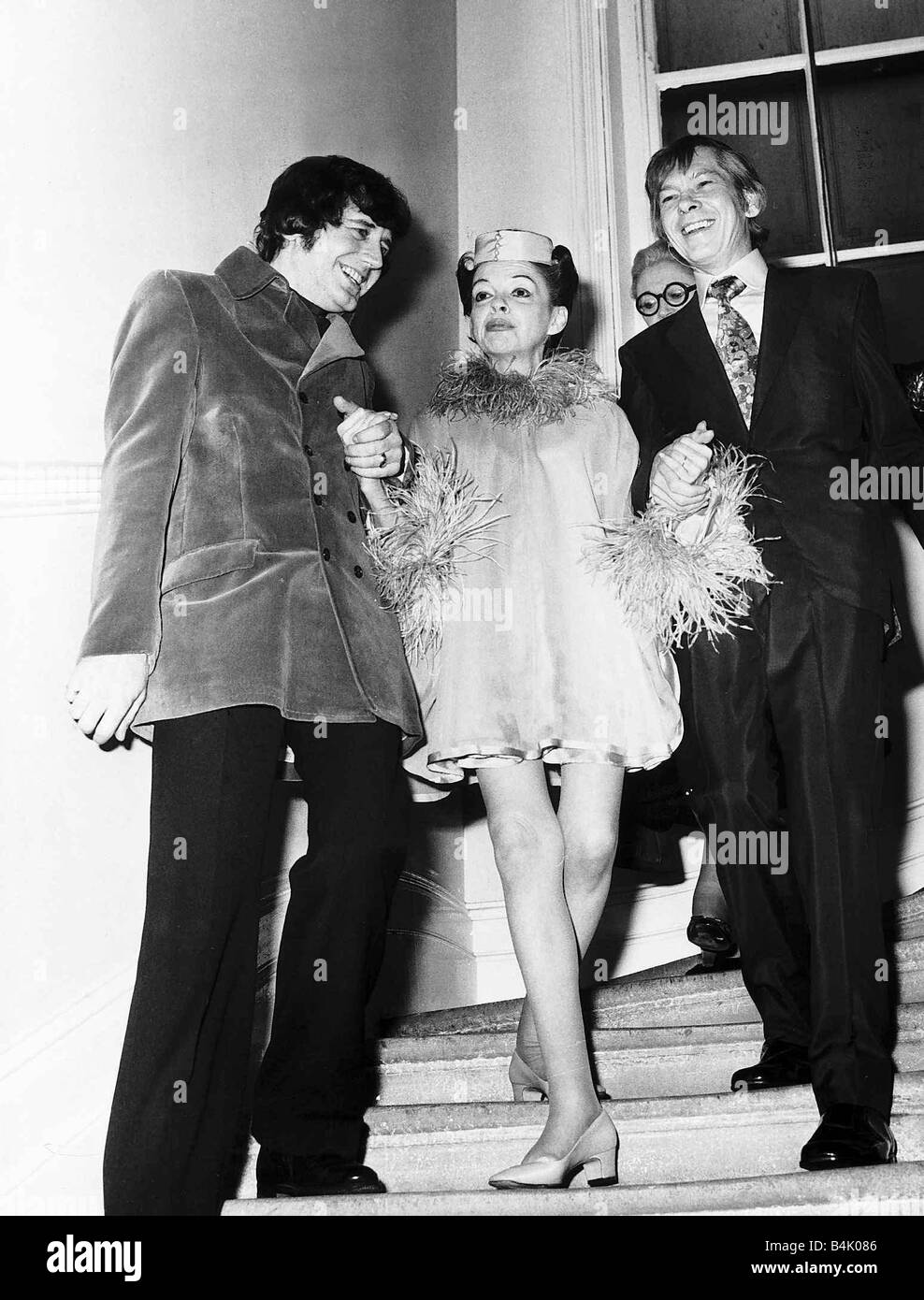 Judy Garland Actress And Her New Husband Mickey Deans Walk Down The Stock Photo Alamy