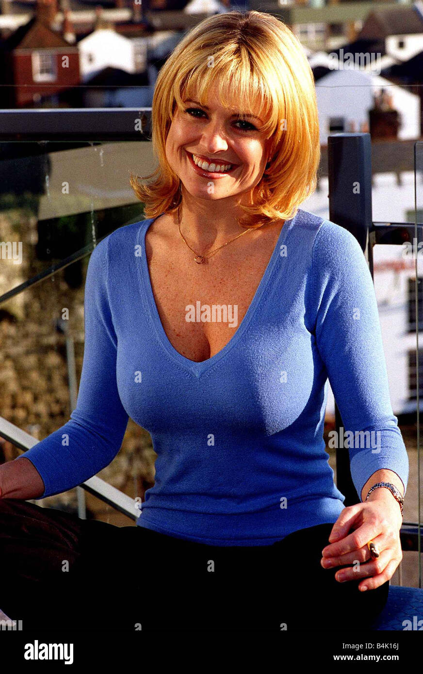 Cleavage Emily Symons nudes (61 photo), Tits, Sideboobs, Instagram, cleavage 2006