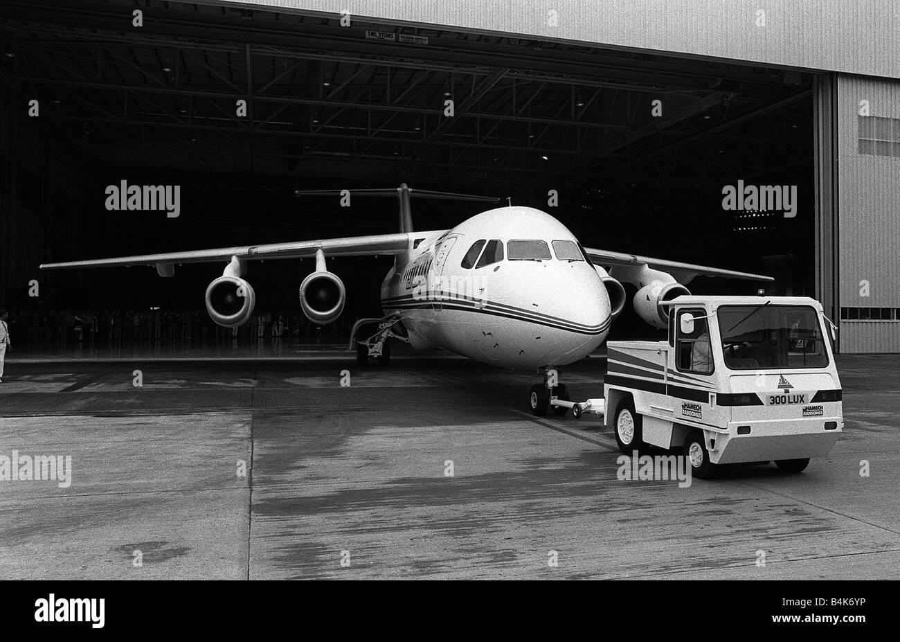 Aircraft British Aerospace BAe 146 300 May 1987 British Aerospace BAe 146 300 is towed out of the hangar at Hatfield - Stock Image