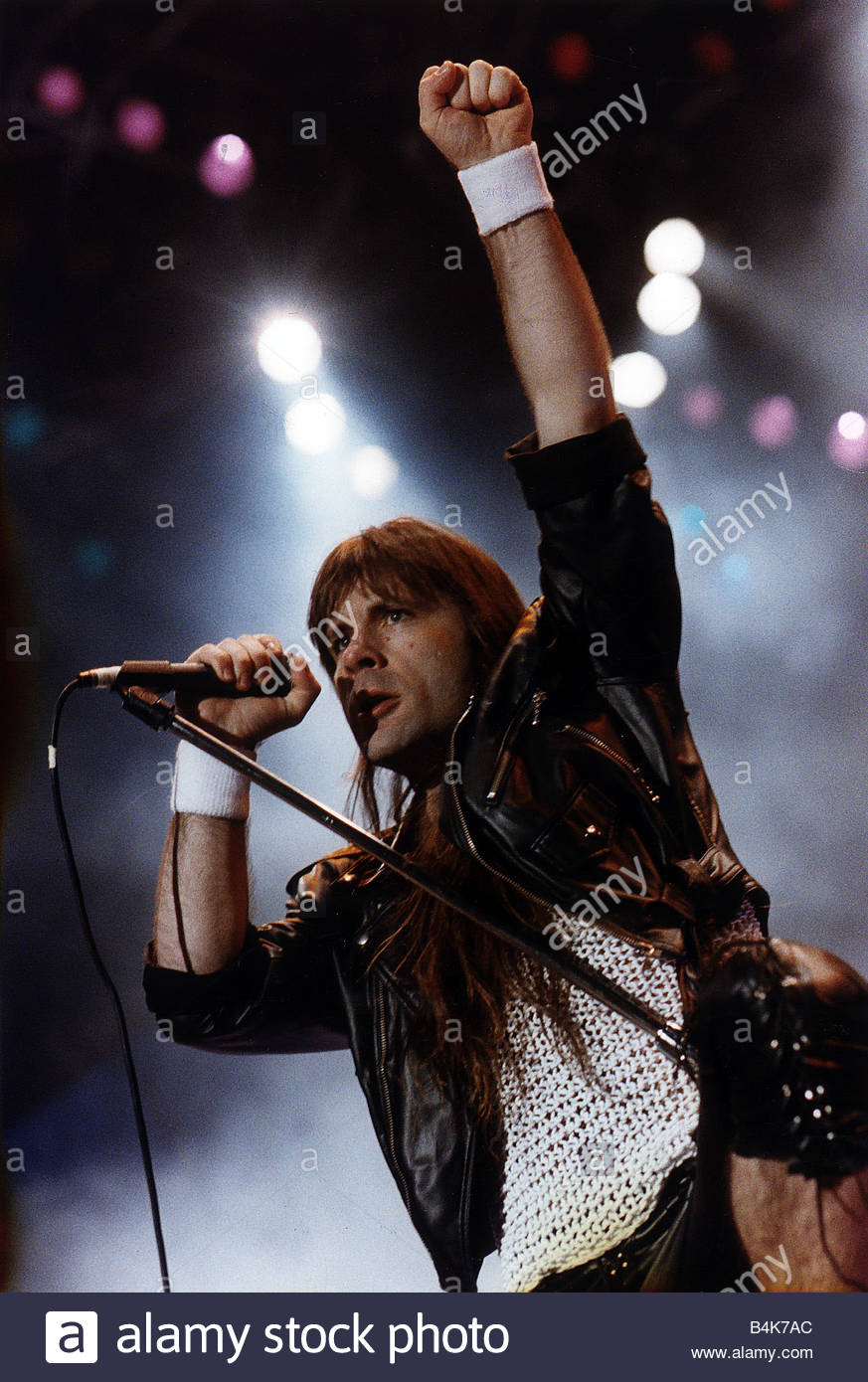 The former lead singer of the group Mirage failed to prove in court that she was not an alcoholic 03.12.2012 33