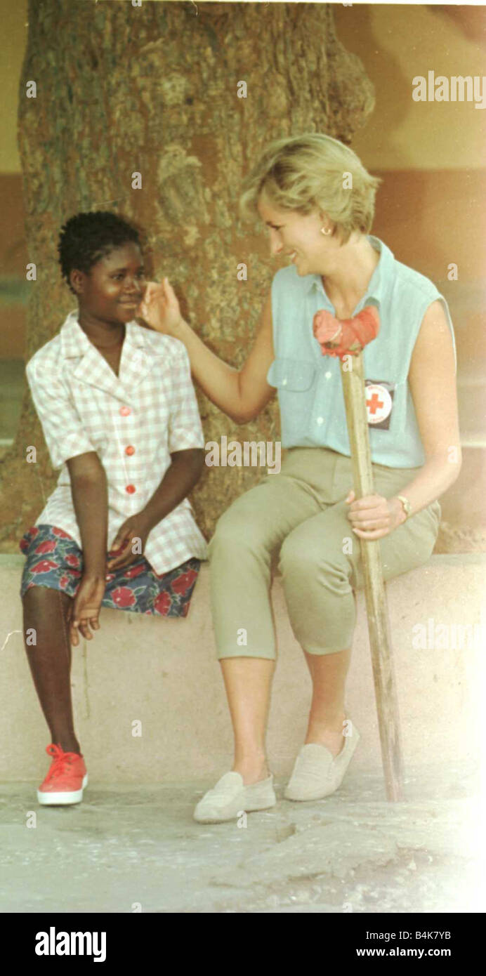 Princess Diana visits a Red Cross centre in Angola to meet the victims of the civil war January 1997 - Stock Image