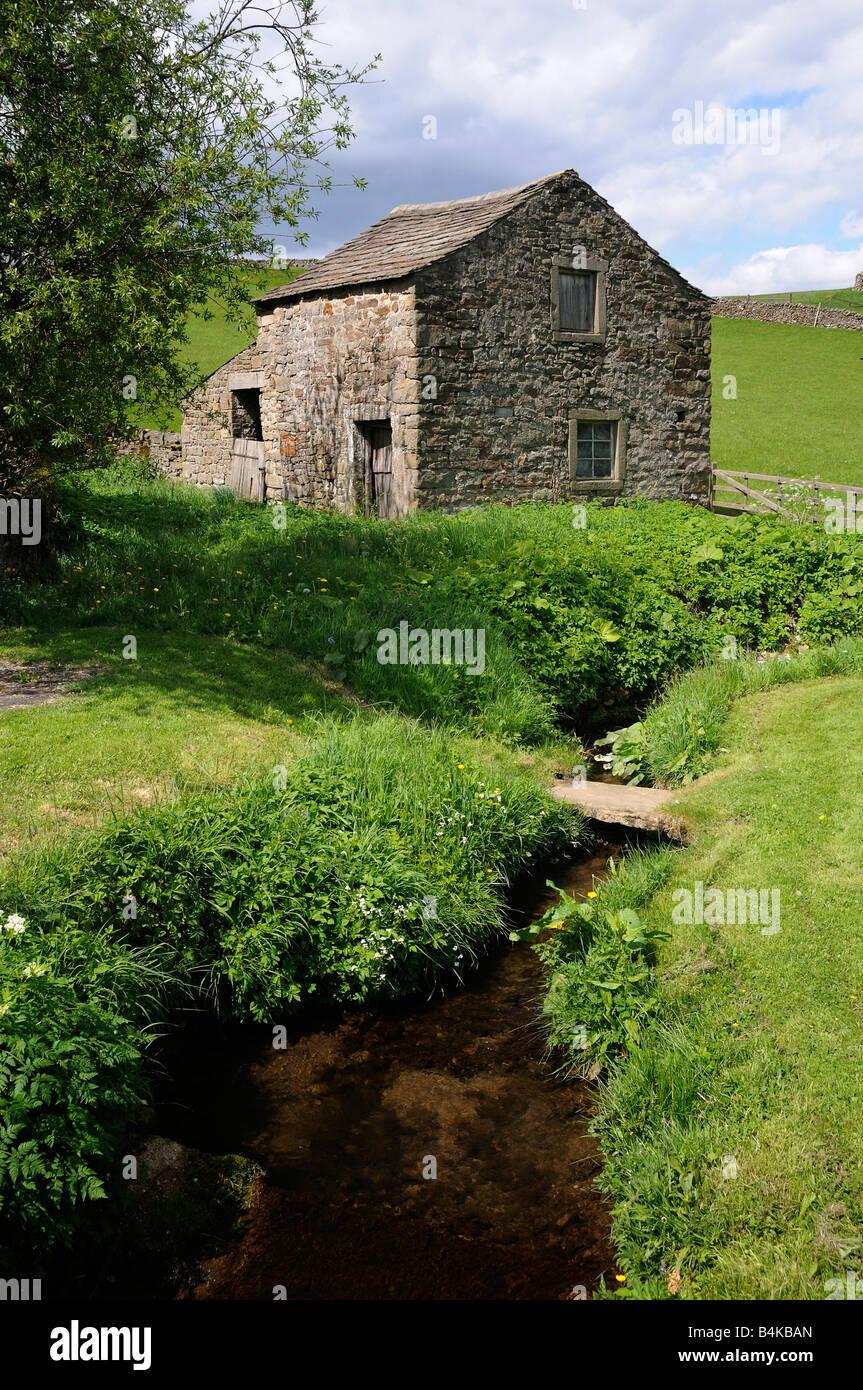 Quiet peaceful part of the Wharfedale near Burnsall near Grassington North Yorkshire England UK Stock Photo