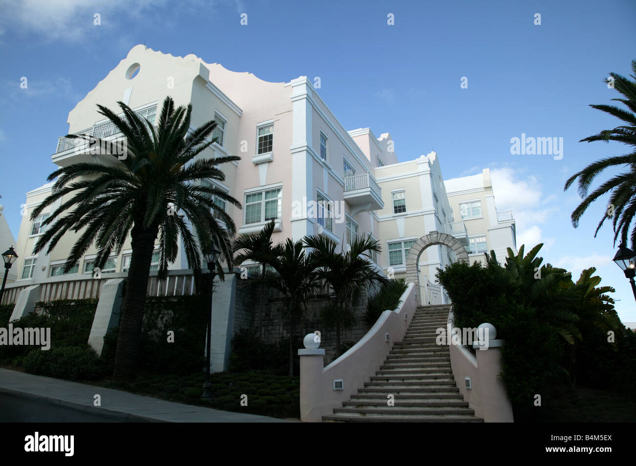 Shot of the ACE Tempest Re Building, 30 Woodbourne Ave, Hamilton, Bermuda - Stock Image