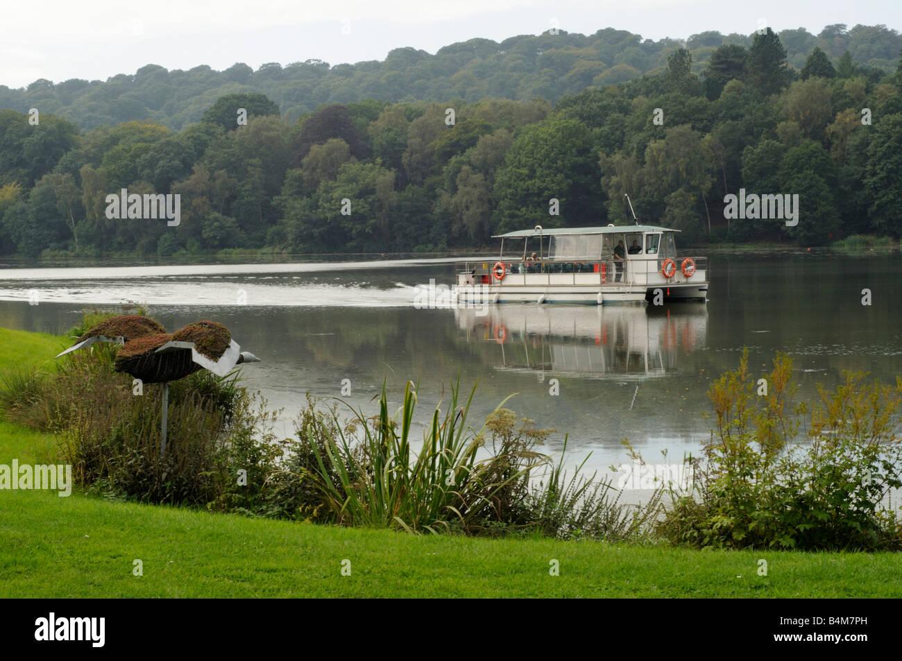 Miss Elizabeth boat at Trentham Gardens - Stock Image